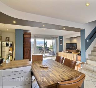 Exclusivité vente appartement F4 duplex - Hauteurs de Pietralba photo #2511